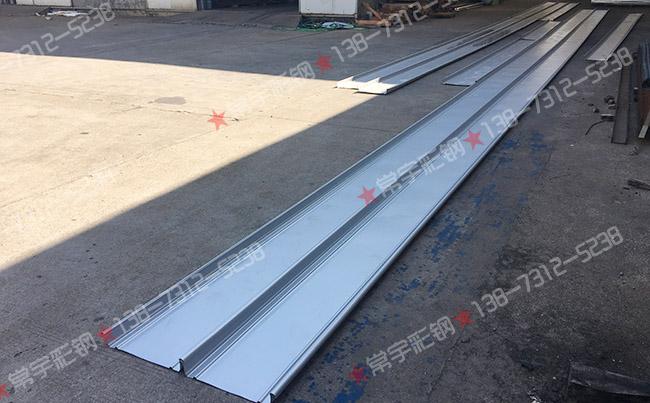铝镁锰板:25m长扇形430直立锁边