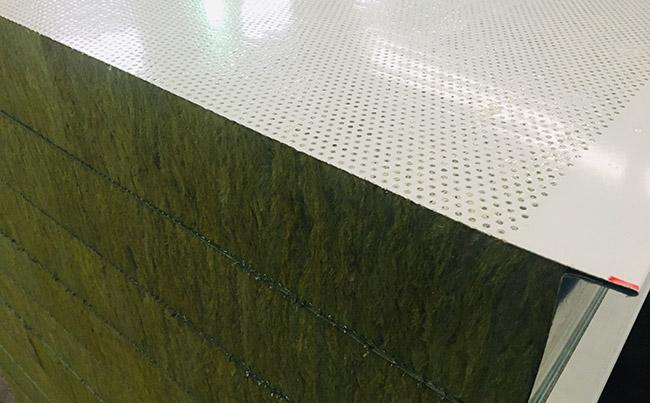 夹芯板厂家:穿孔吸音岩棉夹芯板!